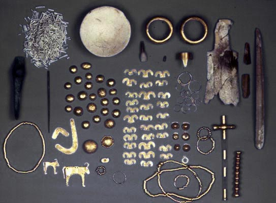 Оbjects of Chalcolithic Necropolis town of Varna
